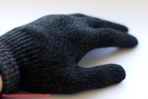 Handschuh angezogen